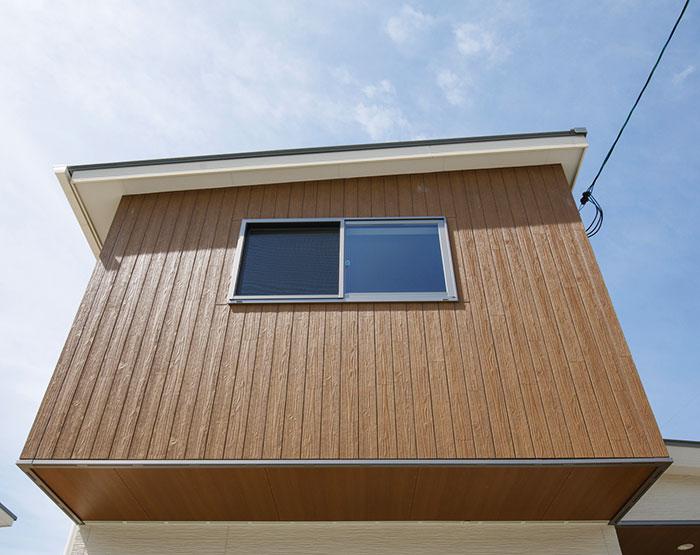 "Ceraclad ""Hollow Core"" Rustic Wood Fiber Cement Façades"